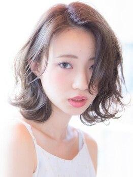 フレームス(FRAMES)の写真/【Color+Aujuaトリートメント¥6,200~】髪悩み1位の白髪もイルミナやヴィラロドラで圧倒的な艶と透明感に!