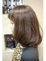 キーナ(Organic Hair KI-NA)ふんわりツヤ髪☆ホワイティアッシュ・ボブ