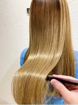 ドミーナドゥ(Domina deux)の写真/ハイトーンカラーも上質な髪質に♪常に触れていたくなるようなつや髪へ♪【橿原/髪質改善/トリートメント】