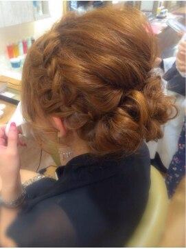 結婚式の髪型(レトロヘアアレンジ) ルーズ×レトロ