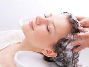 ノアエクレ 銀座(noah ecle)の写真/【濃密炭酸効果】スパークリングの力で髪の根元からふんわりが作れる☆月に一度の贅沢にぴったり♪