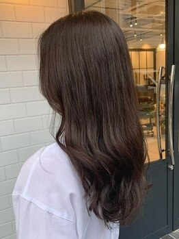 アミティエ(amitie)の写真/【髪質改善トリートメント】髪の内側からダメージを補修!徹底したヘアケアで艶やかで手触りの良い髪へ♪
