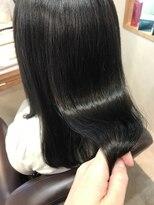 トゥーリ 筑紫野店(tuuli)Aujuaトリートメントで艶髪に [渡部りお]