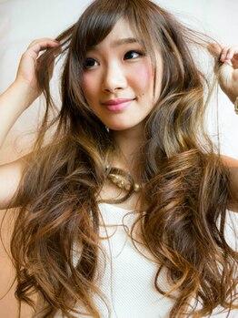 ヘアーメイク スカンク(Hair Make SKUNK)の写真/いつもの色に飽きた方、似合う色が分からない方必見!一人一人の個性、魅力を引き出す『美発色カラー』