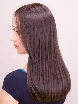 フィックスアップ 銀座(FIX-UP GINZA)の写真/髪にかかる負担を極力抑えた安全な髪質改善縮毛矯正ストレートパーマ。[銀座]