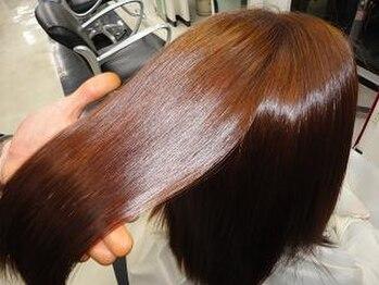 美容室ラルジュの写真/グレイカラーで髪に負担をかけずに染まります!透明感と奥行きあるキレイなカラーへ♪