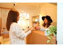 西新宿エリアNO.1美容院と連日口コミ大盛況 【新宿 Joule】 ~ご来店の流れのご案内~