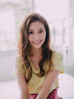 ウィーブ 成田店(Weve)の写真/毛先までキレイなカール♪女子力UP&小顔効果も◎しなやかパ―マでイメージチェンジ☆