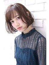 エフ ヘアーアンドリラクゼーション(F. hair & relaxation)【F.】グレージュ×フェザーボブ