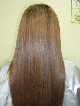 ヘアスタジオ アクティブ(Hair studio active)の写真/気になるクセ毛をまっすぐにするだけじゃない、上質なナチュラルストレート!!【縮毛矯正+カット¥8940】
