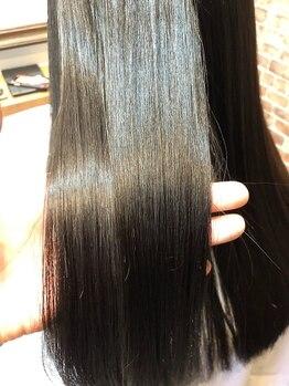 カラーズカフェ 高崎店(Colors cafe)の写真/大人気★髪質改善トリートメントは高濃度アミノ酸とヒアルロン酸配合で指通りの良い憧れのうるさら髪が叶う