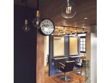 ヘアアトリエオット(hair atelier 8 otto)の雰囲気(お連れのお客様以外は目が合わない作りで個室のような空間)