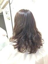ホッティライクヘア(hottie like hair)ゆるふわパーマ