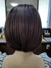ヘアースタジオ オハナ(Hair Studio Ohana)前下がりショートボブ