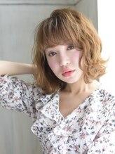ヘアアンドメイク アリス(hair&make ALICE produce by COLT)切りっぱなしボブ&ハイライトベージュ