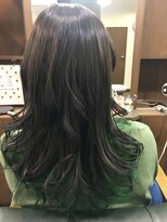 ヘアーメイク プリュム(Hair make Plume)グラデーション×ビビットグリーン