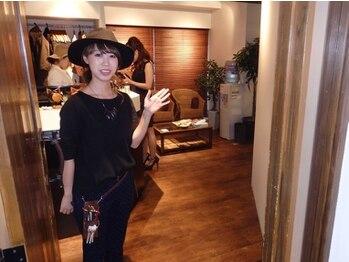 アイラ(aira)の写真/経験豊富なStylistがマンツーマンで最後まで担当◎「なりたい」をしっかりくみ取り、「似合う」を演出!