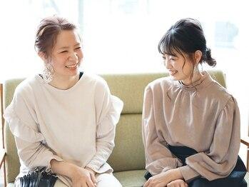 ハンズエミュ(HANDS emu)の写真/『こんなに話を聞いてもらえたの初めて♪』優しい雰囲気の女性stylistさんに何でもポロッと話せると評判☆