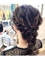 ルゥーダ ヘアアンドビューティー(Rouxda' hair&beauty)編み下ろしスタイル