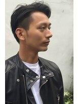 テテ ニコ(tete nico)黒髪ツーブロックで爽やかショートスタイル。
