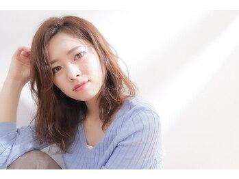 ホロ(HOLO)の写真/髪に優しいオーガニックカラーを取り扱うサロン。質の高さを求める大人女性に。