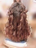 ヘアセットサロン アトリエ チャイ(Hair set salon atelier CHAI)ウォーターフォール&ねじり編みハーフアップ