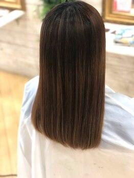 プリンプ トータルビューティ(PRIMP.total beauty)の写真/髪の広がりやうねりが気になるこの時期に。髪質改善しながら、ダメージレスで潤い溢れる艶美髪が叶います♪