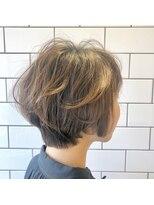 アルマヘアー(Alma hair by murasaki)ゆるふわショートボブ