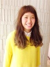 大賀 ヘアビューティ(Oga Hair beauty)ショートバング&アッシュカラー