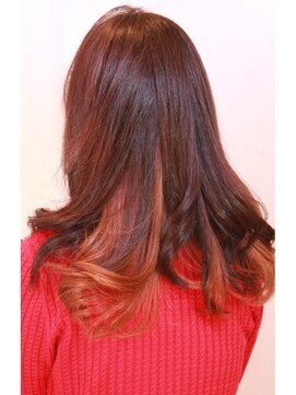 エスオーエスヘア 心斎橋(SOS hair) ピンク・オレンジのインナーカラー ロング