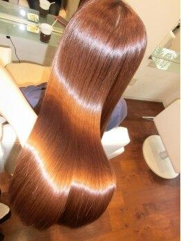 ペシェ (Peche)の写真/髪のダメージを修復しながら行う当店自慢の≪M3D縮毛≫で生まれ変わったツヤ感を実感してみてください☆