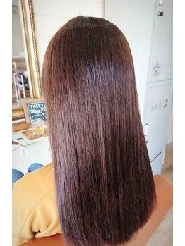 ヘアアンドメイク ランタナ(hair&make Lantana)の写真/「高技術×ケア」ダメージをしっかり抑え、しっとりまとまるストレート☆手触り・見た目・モチが好評◎