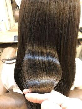 クオリア(QUALIA)の写真/『髪が綺麗。』と大人女性を満足させる髪質改善を☆[髪質改善/柏/白髪染め/縮毛矯正/トリートメント]