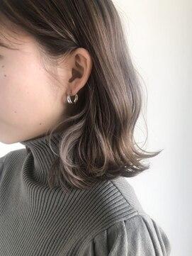 ピシェ ヘア デザイン(Piche hair design)インナーカラー グレー