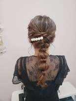 ヤンパ盛りヘア