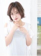 カイノ イオン鹿児島中央店(KAINO)【KAINO】ひし形シルエットでふんわり大人愛されショートボブ