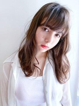 サバービア(suburbia)『カット+ファストブリーチ+ホワイトグレージュ』SC☆10美髪