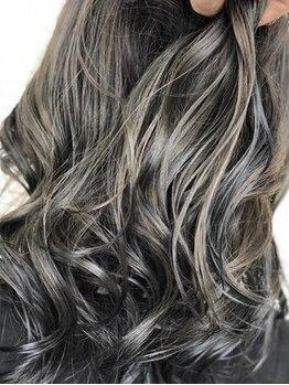 マド ヘア(mado hair)の写真/アッシュ/ハイライトetc…1人1人にあわせた絶妙color♪リアルな透明感と理想の質感をmadoで叶えて*