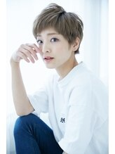 プトゥリ(Putri)☆オン眉×ベリーショート×デザインカラー☆