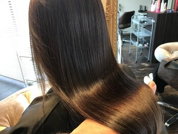 ソティラス(Hair Salon Sotiras)の写真/頭皮や髪を詳細部分まで見る毛髪診断¥3240!!【Sotiras】で内面から美しい髪へ導く―・・・