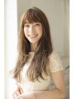 ジョエミバイアンアミ(joemi by Un ami)【 joemi 】カットで決まる大人のレイヤーロングヘア