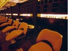 アールハーツ 北一の沢店(R-HEARTS)の雰囲気(極上の癒しを味わえる、完全フルフラットのシャンプー台。)