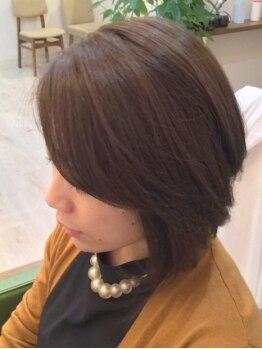 ヘアルーム サイ(hair room SAI)の写真/【髪質に合わせて4種類の薬剤から厳選】グレイカラーでも明るさや色味も楽しめる !周りと差がつく髪色に♪