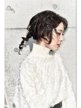 リュイ(Lui)【Lui】ミディアムウルフカットのヘアアレンジ