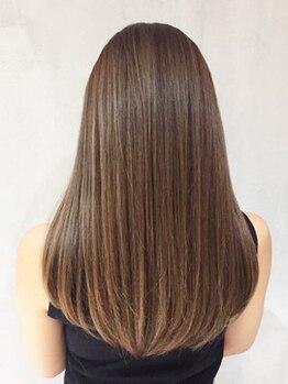 シンヤヘアーズ(SHINYA HAIRS)の写真/【泉大津】クセを解消するのか、愛するのかはあなた次第。最良の方法を熟練のスタイリストが見つけます