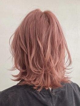 シーラス(cirrus)の写真/【二条駅より徒歩1分以内】一人ひとりの雰囲気や髪質を見極めベストなカラーを見つけてくれる♪