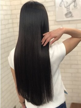 TNB トウキョウ 渋谷本店(TNB TOKYO)の写真/97%トリートメント成分の新感覚<ダメージレスストレート>柔らか&艶やかな仕上がりで髪質改善にも♪【渋谷】