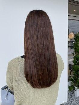 バランスビューティーリゾート(BALANCE. beauty resort)の写真/《Aujua取扱店》一人ひとりのお悩みに合わせたオーダーメイドトリートメント。1日の終わりまで美髪が続く
