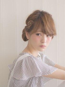 オジコ(ojiko)☆月曜営業☆ojiko.簡単ゴールドピンアレンジ