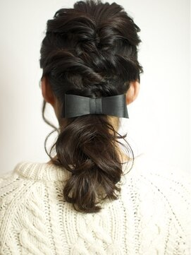 くるりんぱハーフアップ ベック 恵比寿 代官山店(BEKKU hair salon)簡単!!ネジって作るキュートなリラクシーアレンジヘア☆